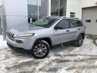 Used 2015 Jeep Cherokee 4 RM, 4 portes, Sport for sale in Ste-Agathe-des-Monts, QC