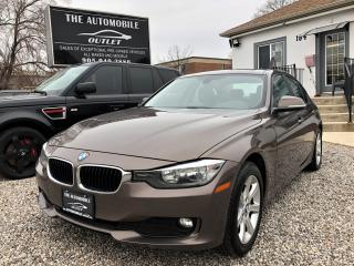 Used 2012 BMW 320i 320i LEATHER SUNROOF BLUETOOTH for sale in Mississauga, ON