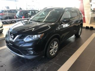 Used 2015 Nissan Rogue SV, TOIT PANO, MAGS, A/C for sale in Lévis, QC