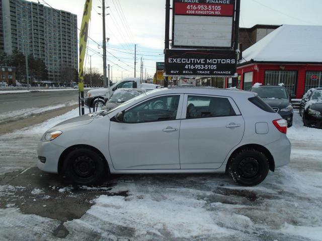 2010 Toyota Matrix BASE/ SUPER CLEAN / WELL MAINTAINED / REMOTE START