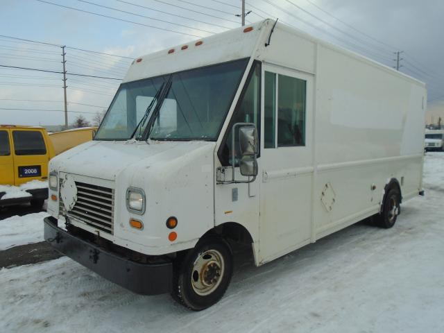 2007 Ford Econoline 16 FT step