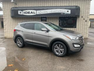 Used 2013 Hyundai Santa Fe 2.0T Premium AWD for sale in Mount Brydges, ON