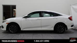 Used 2016 Honda Civic LX + SIEGES CHAUFFANTS + MAGS + BLUETOOT for sale in Trois-Rivières, QC