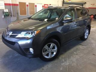 Used 2013 Toyota RAV4 XLE AWD GrA *TOIT + MAGS* for sale in Richmond, QC