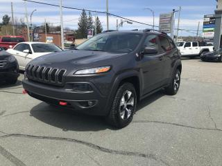 Used 2018 Jeep Cherokee Trailhawk 4X4 for sale in Sherbrooke, QC