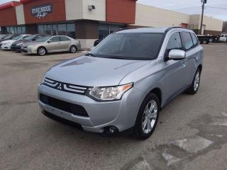 Used 2014 Mitsubishi Outlander ES 4dr 4WD Sport Utility for sale in Steinbach, MB