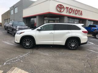 Used 2017 Toyota Highlander SE AWD HEATED SEATS REVERSE PARKING CAMERA for sale in Cambridge, ON