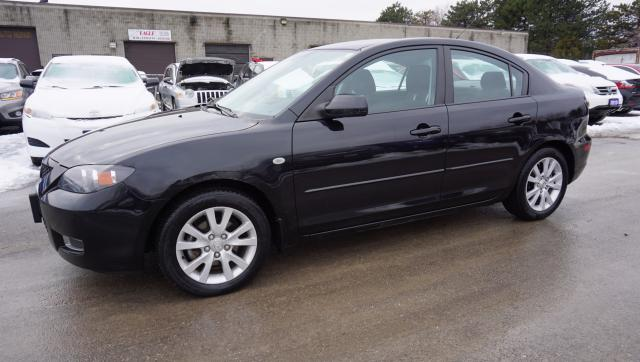 2009 Mazda MAZDA3 GX SPORT 5Spd SEDAN CERTIFIED 2YR WARRANTY *2ND SET WINTER TIRES* HEATED ALLOYS KEYLESS AUX