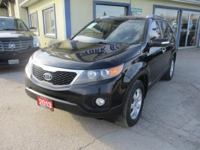 2013 Kia Sorento ALL-WHEEL DRIVE LX MODEL 5 PASSENGER 2.4L - DOHC.. HEATED SEATS.. BLUETOOTH.. KEYLESS ENTRY..