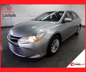Used 2015 Toyota Camry Hybride LE CAM/MAGS GARANTIE 36 MOIS !!! for sale in Lachute, QC