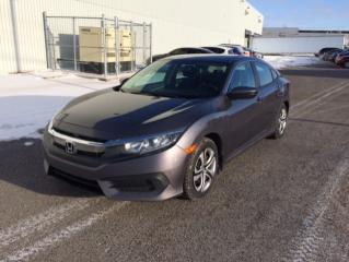 Used 2016 Honda Civic LX 4 portes CVT for sale in Quebec, QC