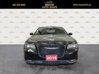 Used 2016 Chrysler 300 S V6 RWD Navigation, panoroof for sale in Brampton, ON