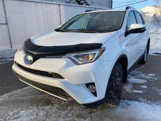 Used 2017 Toyota RAV4 LE AWD HYBRID ATTACHE-REMORQUE for sale in Alma, QC