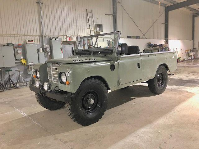 1979 Land Rover Defender SERIES 3- 109 MODEL- CONVERTIBLE PICK UP