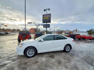 Used 2017 Toyota Camry LE for sale in Rimouski, QC