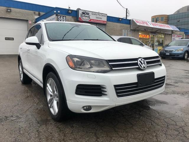 2012 Volkswagen Touareg 4dr TDI _ACCIDENT FREE_NAVIGATION_PANORAMIC ROOF_B