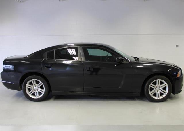 2011 Dodge Charger SXT Sedan