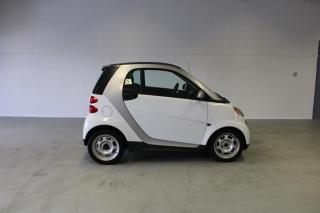 Used 2013 Smart fortwo Pure Cp for sale in London, ON