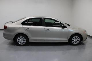 Used 2013 Volkswagen Jetta Trendline 2.0 6sp w/Tip (Production Ended) for sale in Mississauga, ON