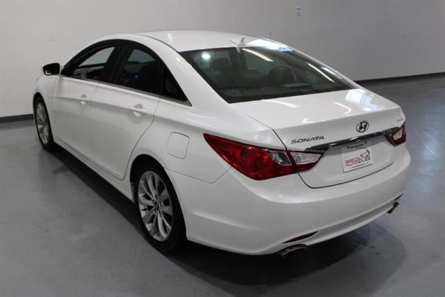 2013 Hyundai Sonata WE APPROVE ALL CREDIT