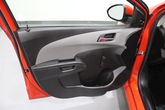 2013 Chevrolet Sonic LS  Sedan Manual