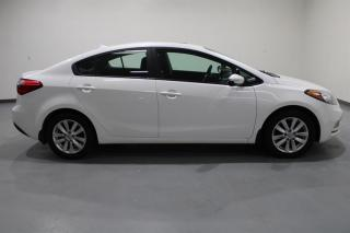 Used 2014 Kia Forte WE APPROVE ALL CREDIT for sale in Mississauga, ON