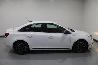 Used 2015 Chevrolet Cruze LS for sale in Mississauga, ON