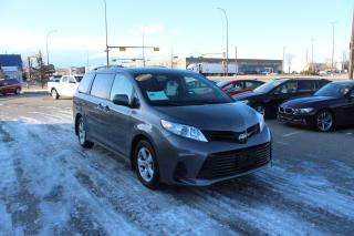 Used 2018 Toyota Sienna LE for sale in Calgary, AB