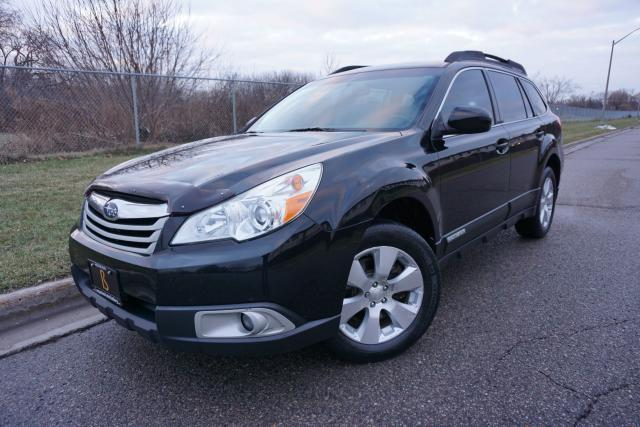 2011 Subaru Outback 3.6R LIMITED / NO ACCIDENTS / GORGEOUS / NAVI