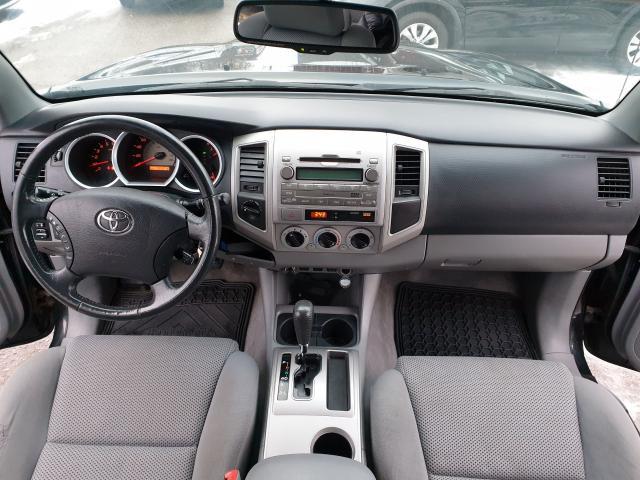 2010 Toyota Tacoma  Photo10