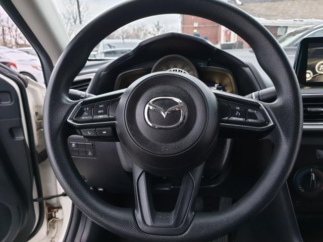 2017 Mazda MAZDA3 GX Photo17