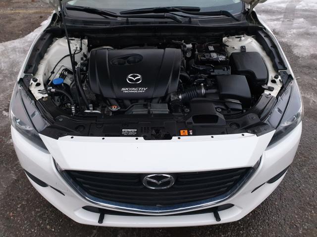2017 Mazda MAZDA3 GX Photo25