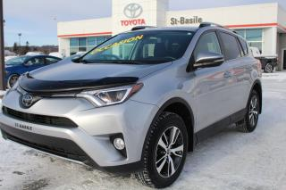 Used 2017 Toyota RAV4 XLE AWD MAGS TOIT SIEGES CHAUFFANTS for sale in St-Basile-le-Grand, QC
