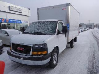 Used 2019 GMC Savana CUBE 12 PIEDS/V6 4.3L/8 VITESSES/CAMERA DE RECUL for sale in Blainville, QC