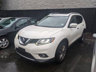 Used 2015 Nissan Rogue SL AWD CVT Navigation! Moonroof! Back up camera! for sale in Surrey, BC