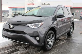Used 2017 Toyota RAV4 XLE MAGS TOIT OUVRANT SIEGES CHAUFFANTS for sale in St-Basile-le-Grand, QC