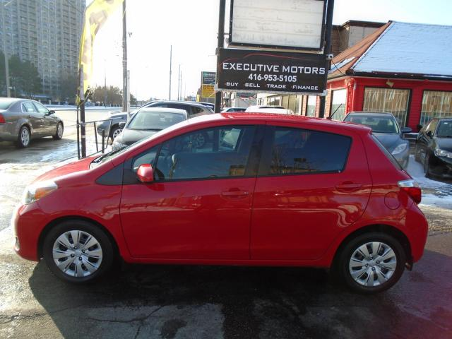 2014 Toyota Yaris LE/ ONE OWNER / NO ACCIDENT / LOW KM / FUEL SAVER