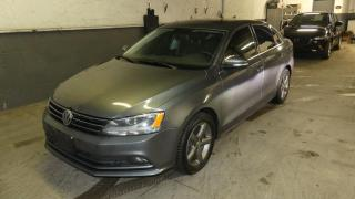 Used 2015 Volkswagen Jetta Highline 2,0 TDI 4 portes DSG for sale in Laval, QC