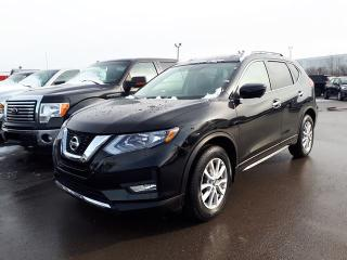 Used 2017 Nissan Rogue SV for sale in Pickering, ON