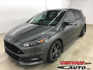 Used 2016 Ford Focus ST Turbo GPS Cuir Toit Ouvrant MAGS for sale in Shawinigan, QC