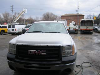 Used 2011 GMC Sierra 1500 8 ft box  4.8 gas for sale in North York, ON