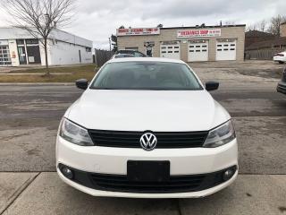 Used 2013 Volkswagen Jetta TRENDLINE+ for sale in Toronto, ON