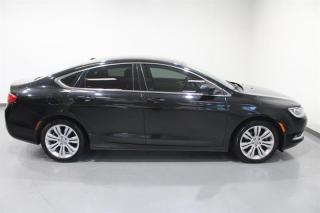 Used 2015 Chrysler 200 Limited for sale in Mississauga, ON