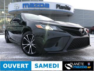 Used 2018 Toyota Camry SE AUTO TOIT CUIR MAGS DEMARREUR for sale in Mascouche, QC