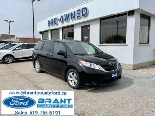 Used 2014 Toyota Sienna LE for sale in Brantford, ON
