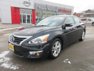 Used 2013 Nissan Altima 2.5 SL for sale in Peterborough, ON