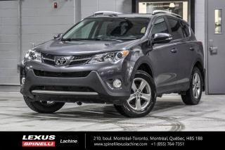 Used 2015 Toyota RAV4 XLE AWD; TOIT CAMERA ECRAN 6.1'' MAGS CAMÉRA DE RECUL - TOIT-OUVRANT - SIÈGES AVANT CHAUFFANT - ÉCRAN TACTILE 6.1'' - MAGS 17'' for sale in Lachine, QC