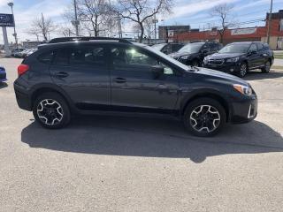 Used 2017 Subaru XV Crosstrek TOURING * MAGS * BAS PRIX for sale in Trois-Rivières, QC