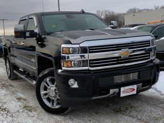 Used 2015 Chevrolet Silverado 2500 HD High Country LEATHER, HEATED SEATS / STEERING for sale in Midland, ON