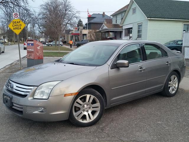 2008 Ford Fusion SEL Locally Owned-Very Low Km's-Extra Clean!!!